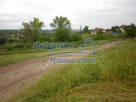 12518:28 - Rural Bulgarian house near river and big garden 4000 sq.m,Vratsa