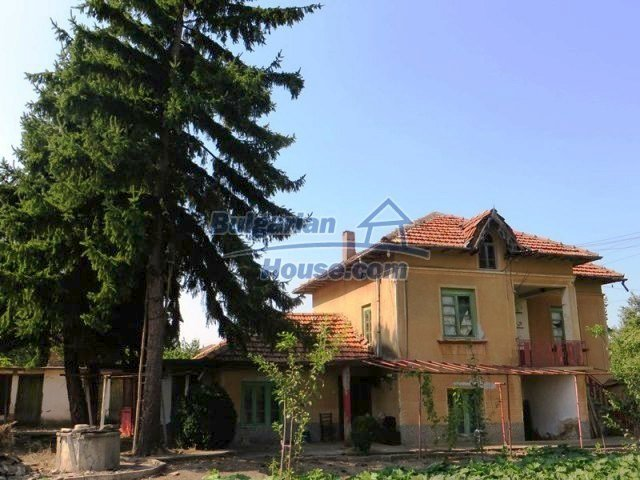 12536:1 - Rural Bulgarian house in Veliko Tarnovo region with lovely views