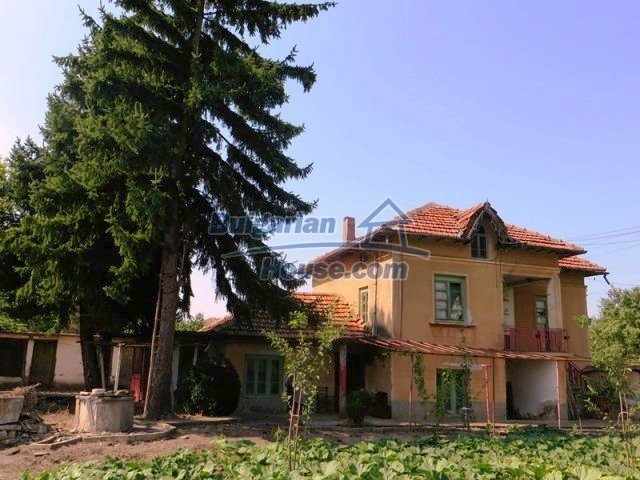 12536:2 - Rural Bulgarian house in Veliko Tarnovo region with lovely views