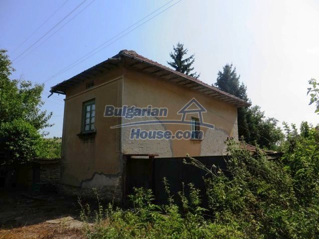 12536:3 - Rural Bulgarian house in Veliko Tarnovo region with lovely views