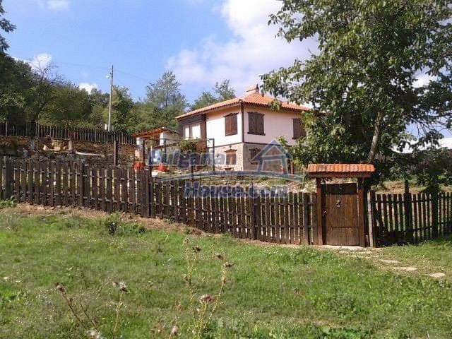 9989:1 - Renovated bulgarian house for sale in Burgas region, village of