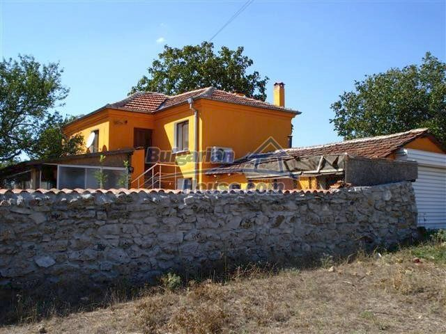 12547:3 - Fully renovated Bulgarian property forrent near Elhovo