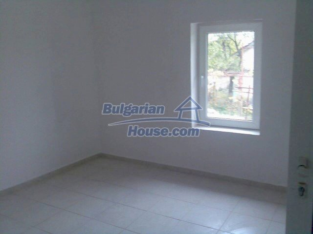12553:17 - Renovated two storey house 15km from Burgas