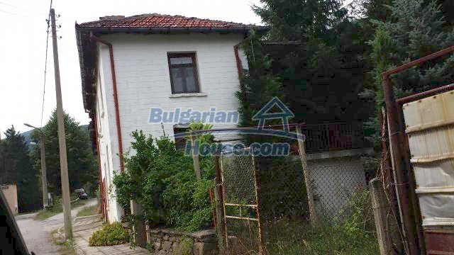 12559:5 - Bulgarian house in Stara Planina mountain near river