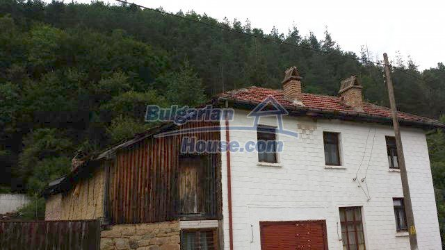 12559:6 - Bulgarian house in Stara Planina mountain near river