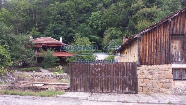 12559:7 - Bulgarian house in Stara Planina mountain near river