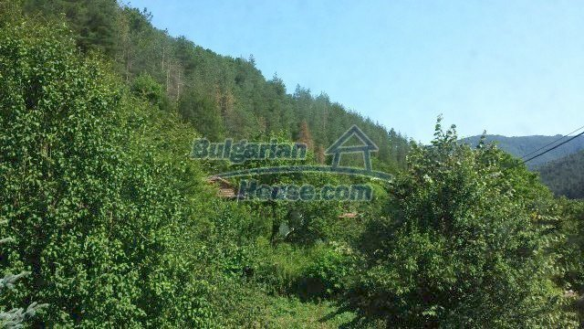 12559:51 - Bulgarian house in Stara Planina mountain near river