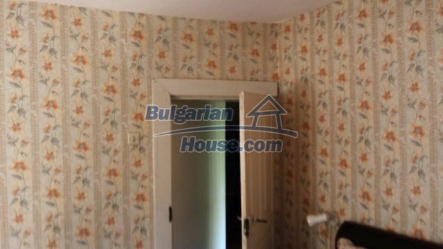 12559:53 - Bulgarian house in Stara Planina mountain near river