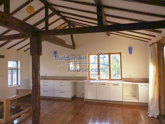 12562:6 - Beautiful two storey Bulgarian house 9 km to Veliko Tarnovo