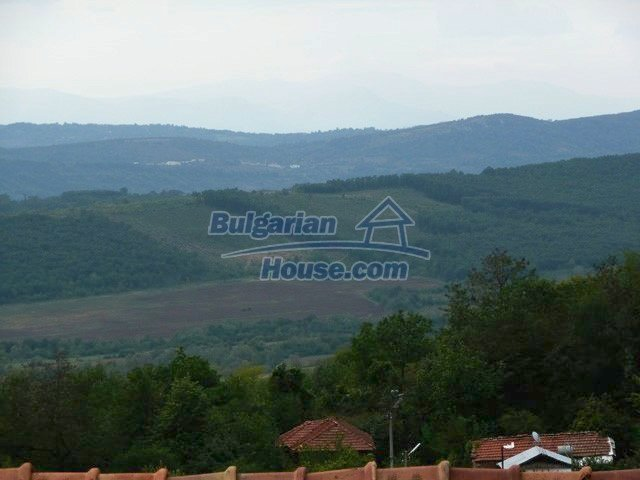 12607:32 - Renovated house with summer BBQ , stone barn and mountain views