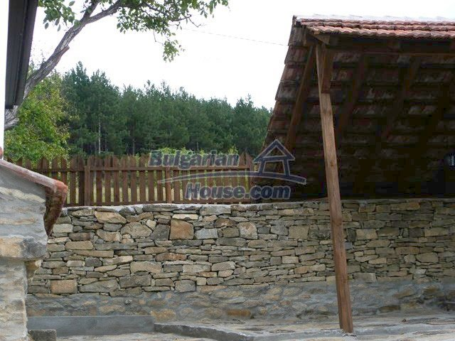 12607:35 - Renovated house with summer BBQ , stone barn and mountain views