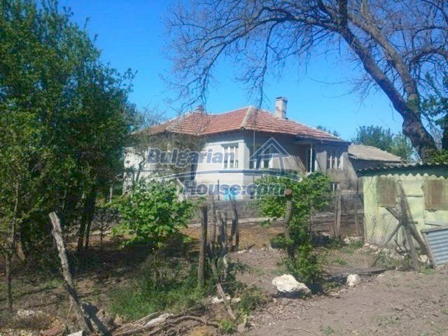 12667:2 - Cozy Bulgarian house for sale only 12km from the sea and Kavarna