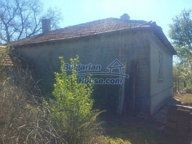 12667:16 - Cozy Bulgarian house for sale only 12km from the sea and Kavarna