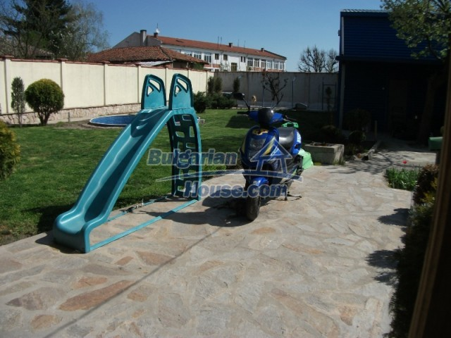 12679:5 - House with swimming pool for rent in Stara Zagora region