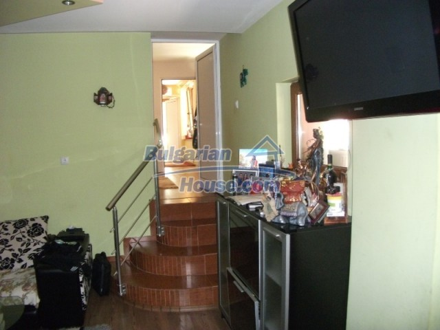 12679:21 - House with swimming pool for rent in Stara Zagora region