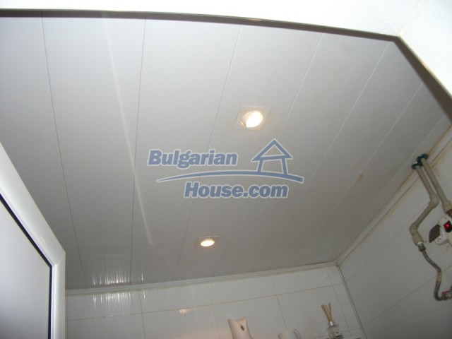 12679:30 - House with swimming pool for rent in Stara Zagora region