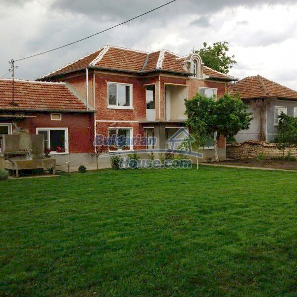 12688:1 - Renovated Bulgarian property for sale 35km from Veliko Tarnovo