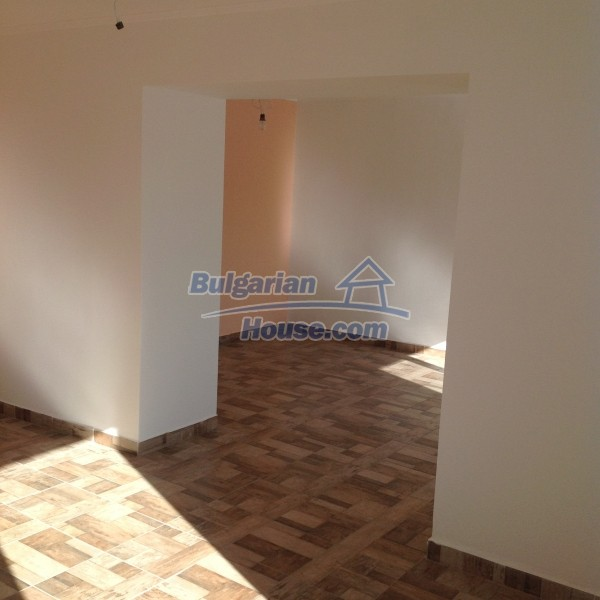 12688:12 - Renovated Bulgarian property for sale 35km from Veliko Tarnovo