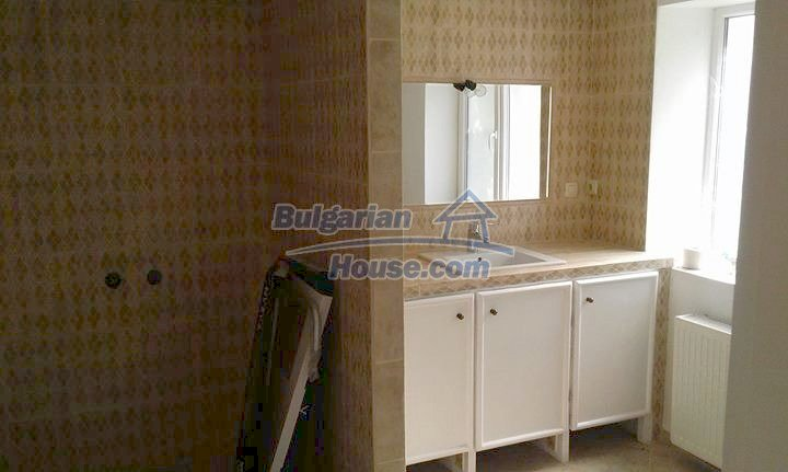12688:17 - Renovated Bulgarian property for sale 35km from Veliko Tarnovo