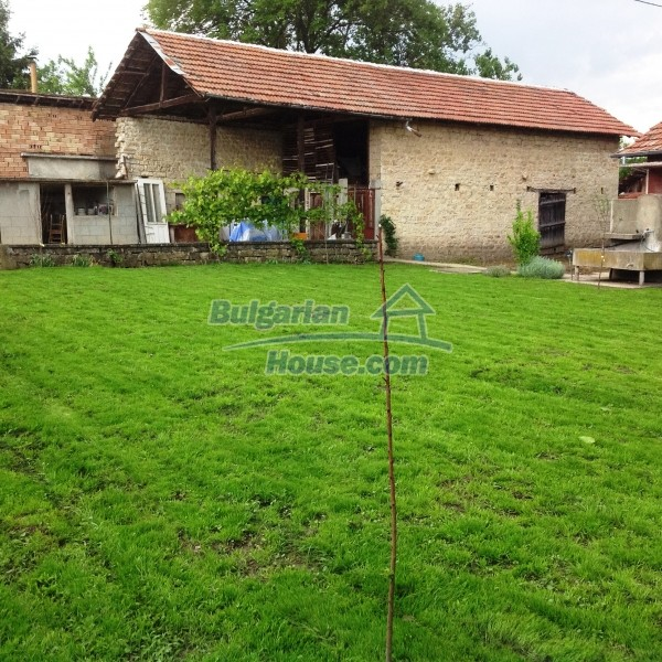12688:33 - Renovated Bulgarian property for sale 35km from Veliko Tarnovo
