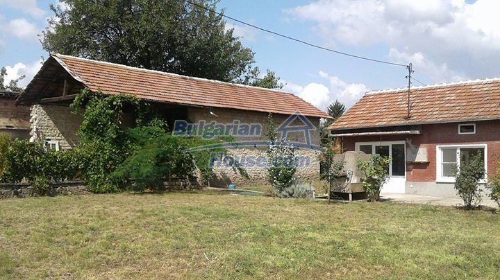 12688:38 - Renovated Bulgarian property for sale 35km from Veliko Tarnovo