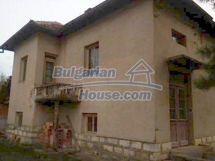 12691:2 - Cheap Bulgarian house 25km from Vratsa with spacious garden