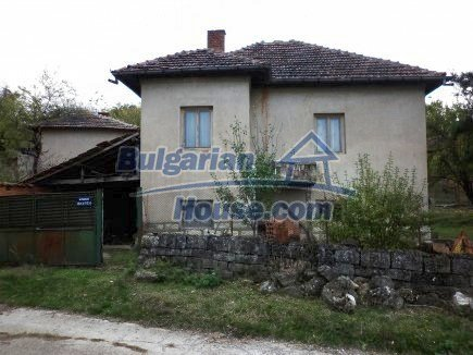 12691:4 - Cheap Bulgarian house 25km from Vratsa with spacious garden