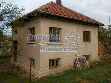 12691:5 - Cheap Bulgarian house 25km from Vratsa with spacious garden