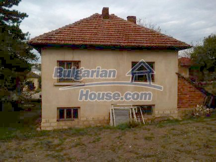 12691:7 - Cheap Bulgarian house 25km from Vratsa with spacious garden