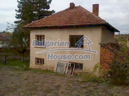 12691:8 - Cheap Bulgarian house 25km from Vratsa with spacious garden