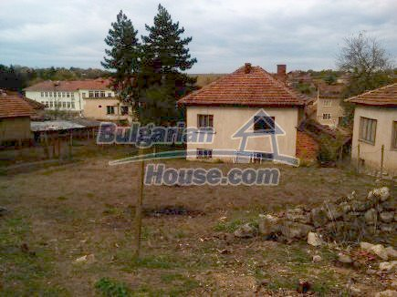 12691:9 - Cheap Bulgarian house 25km from Vratsa with spacious garden