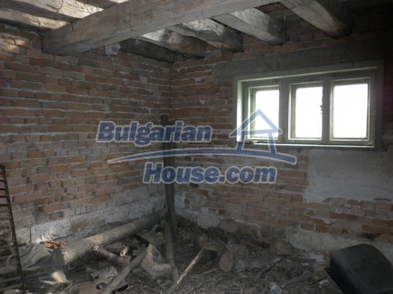 12691:16 - Cheap Bulgarian house 25km from Vratsa with spacious garden
