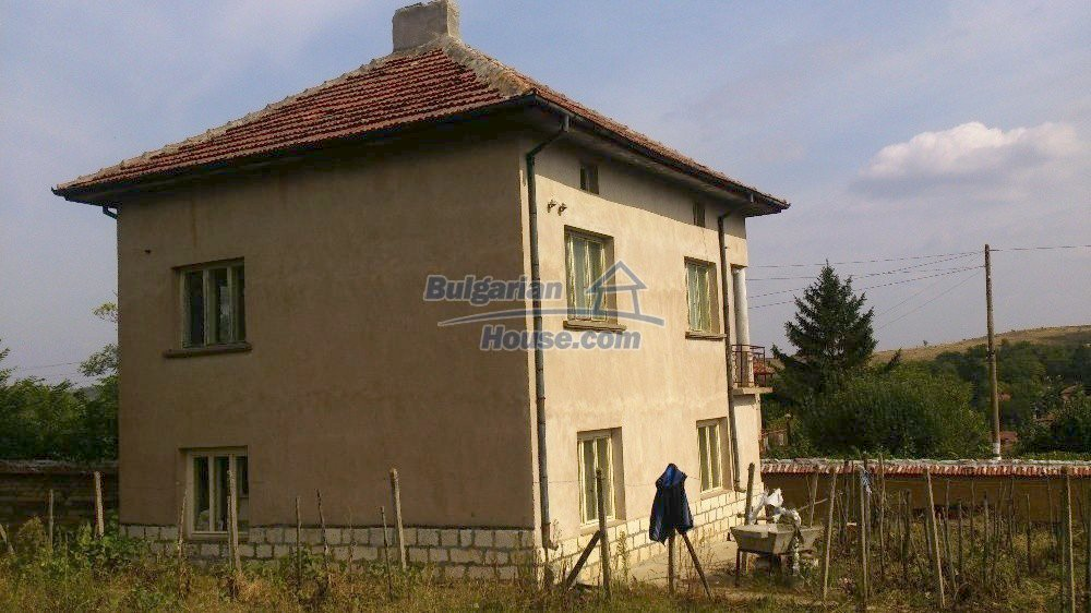 12697:2 - Village house for sale in Bulgaria with big barn 25km to Vratsa