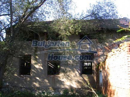 12718:10 - Property for sale near Vratsa with vast land 14500sq.m to river