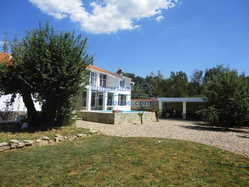 12734:3 - Beautiful house with swimming pool, stunning mountain views
