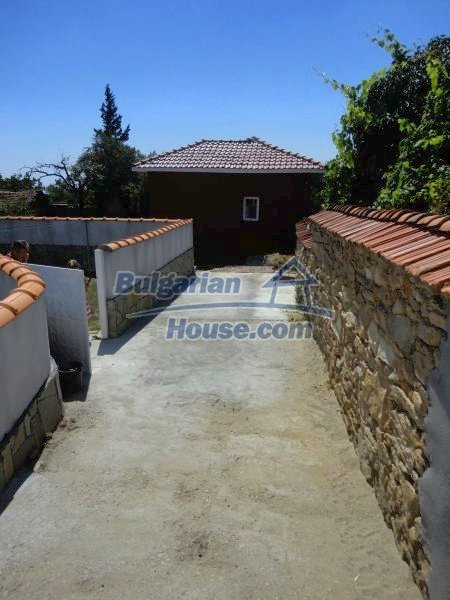 12735:6 - Partly renovated Bulgarian house  with lovely views Plovdiv