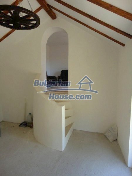 12735:9 - Partly renovated Bulgarian house  with lovely views Plovdiv