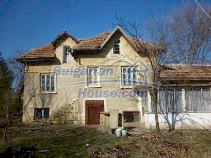 12750:1 - Old Bulgarian property in Vratsa region with big potential