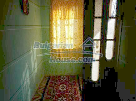 12750:12 - Old Bulgarian property in Vratsa region with big potential