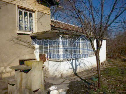 12750:10 - Old Bulgarian property in Vratsa region with big potential