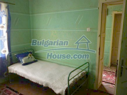 12750:16 - Old Bulgarian property in Vratsa region with big potential