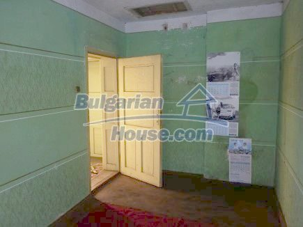 12750:20 - Old Bulgarian property in Vratsa region with big potential