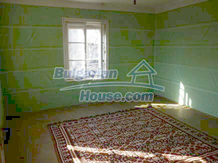 12750:21 - Old Bulgarian property in Vratsa region with big potential