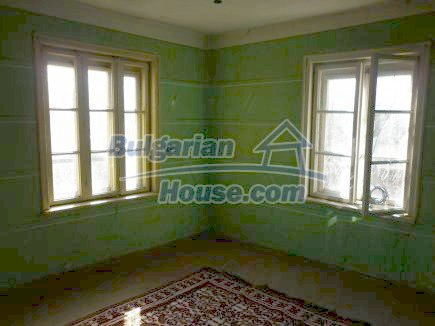 12750:26 - Old Bulgarian property in Vratsa region with big potential