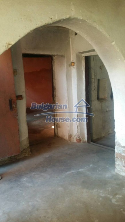 12750:55 - Old Bulgarian property in Vratsa region with big potential