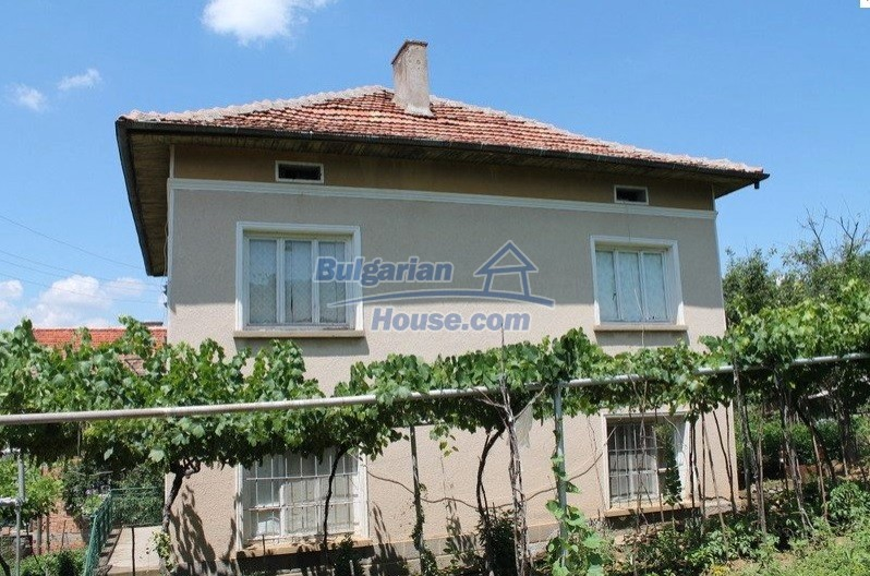 12489:2 - House in good condition for sale, 25km from Mezdra, Vratsa