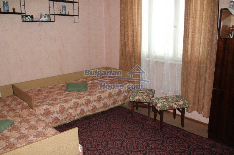 12489:17 - House in good condition for sale, 25km from Mezdra, Vratsa