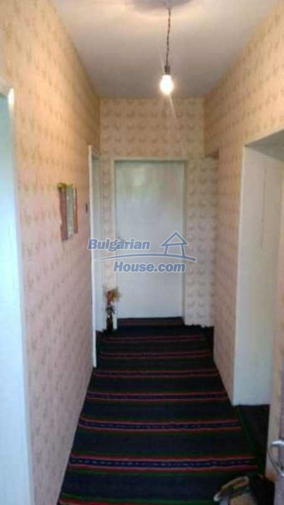 12489:19 - House in good condition for sale, 25km from Mezdra, Vratsa