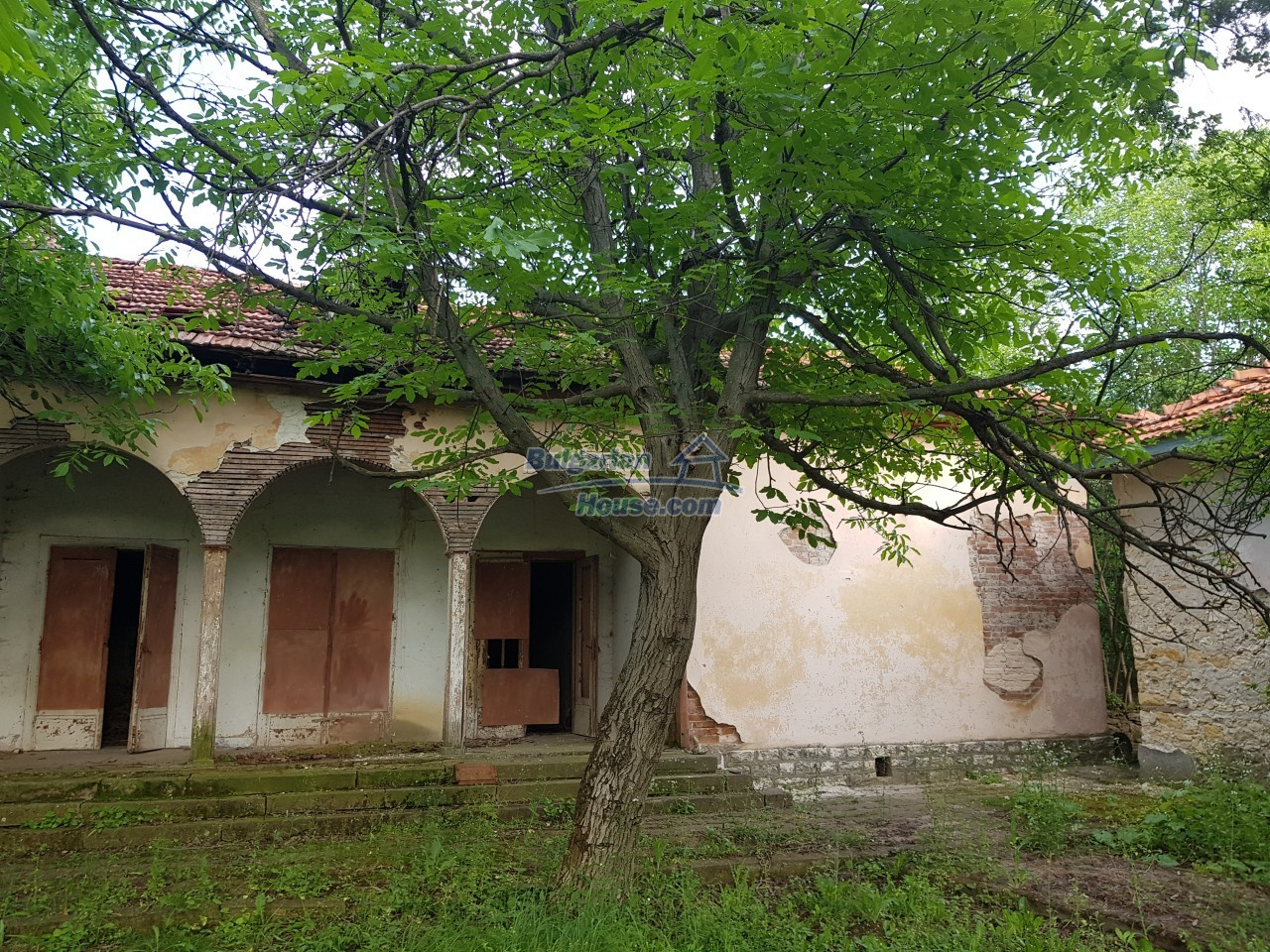 2774:36 - Former school for sale near Stara Zagora in Zlatna Livada