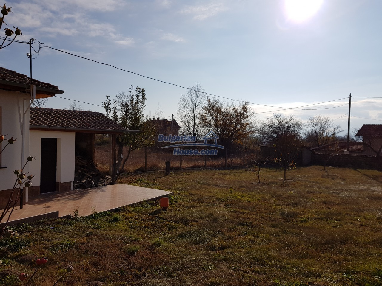 12323:37 - Partly renovated Bulgarian house - in Rose valley, Kazanlak